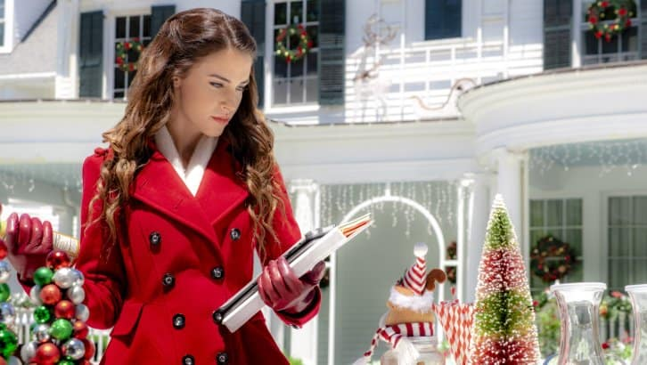 "Hallmark Channel's ""Christmas at Pemberley Manor"" Premiering this Saturday, Oct 27th at 8pm/7! #ChristmasatPemberleyManor"