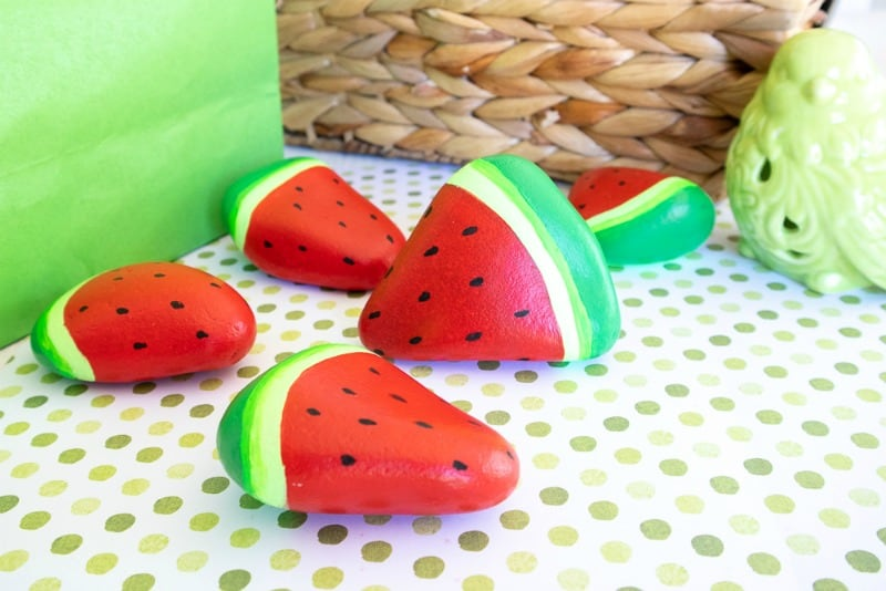 Rockpainting Beautiful Painted Rocks like Watermelon Slices